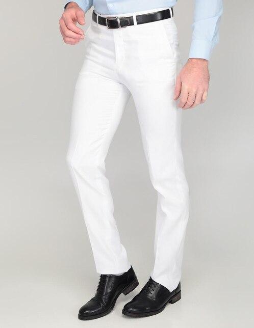 cb90b0f5b2f0a Pantalón de vestir Perry Ellis corte regular blanco