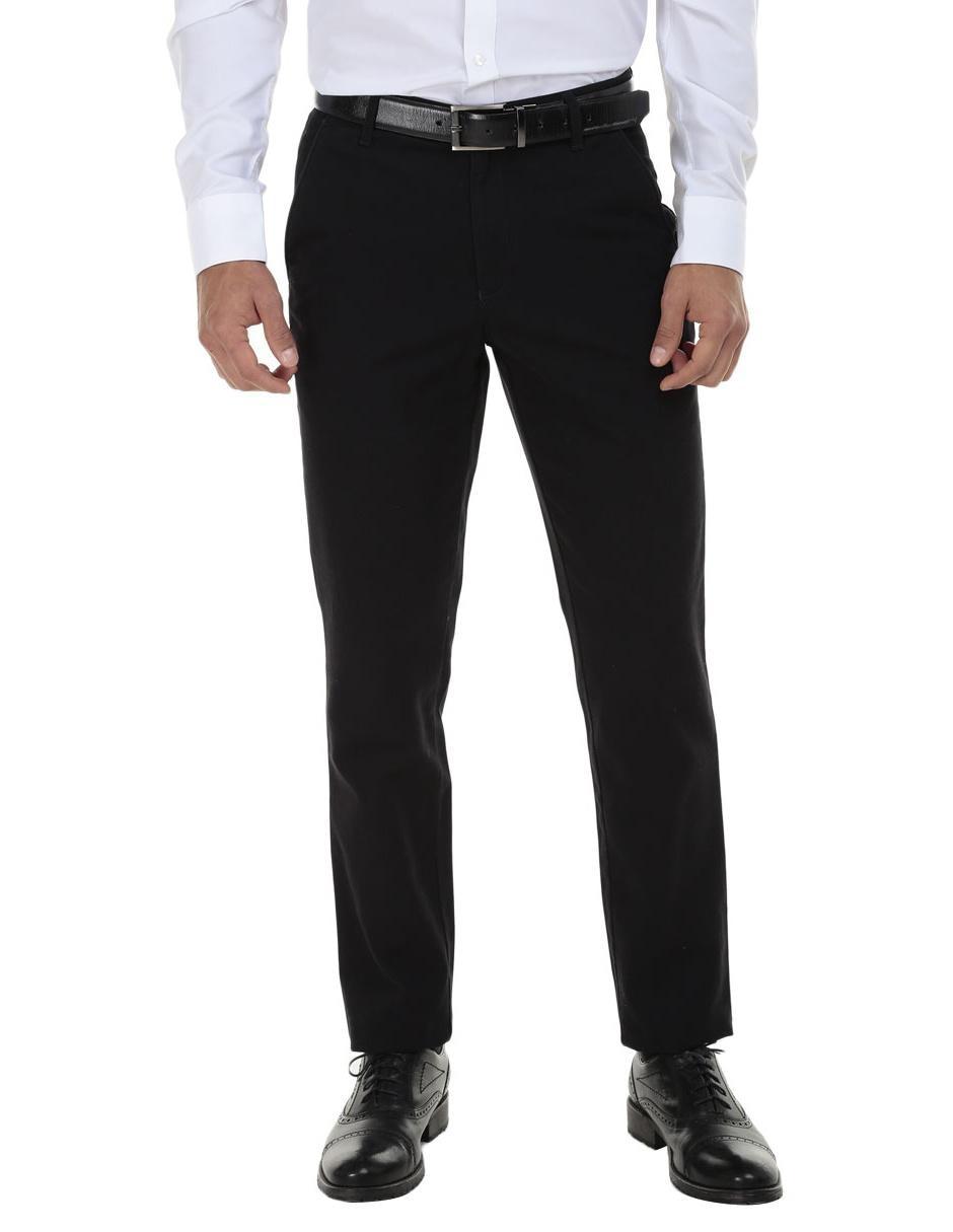 d0b128cc9f89e Pantalón de vestir Perry Ellis corte slim negro